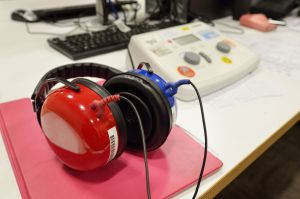 hearing testing equipment with headphones