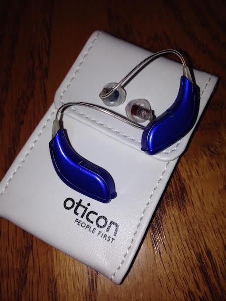 how to clean oticon hearing aids